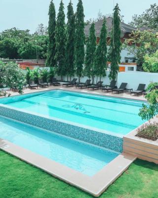 Liquid Dive Resort