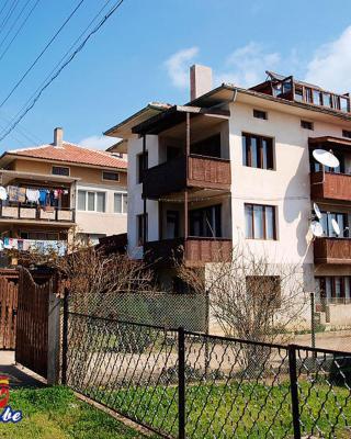 Elida Guest House