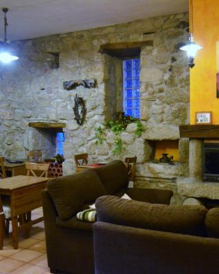 Booking.com: Casa de campo Los Níscalos , Cadalso de los ...