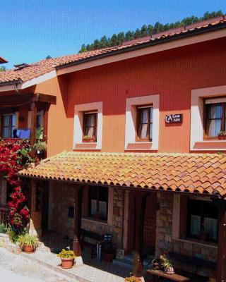 Casa Rural Casa Pipo, Sales (con fotos y comentarios ...