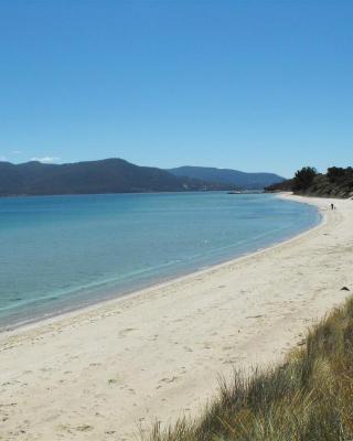 Discover Bruny Island Holiday Accommodation