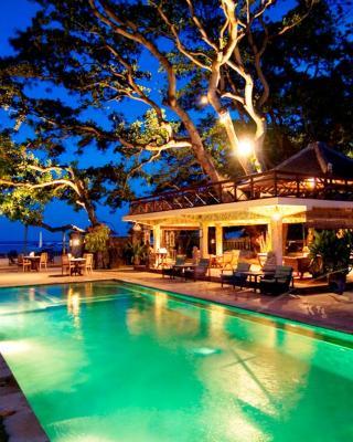 فندق تاندجونغ ساري
