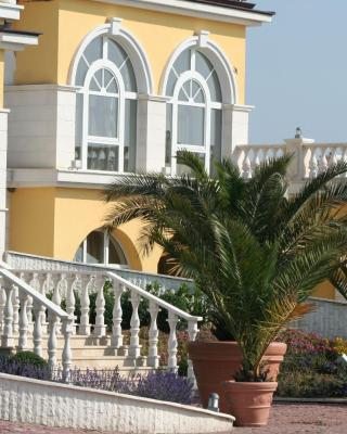 Lighthouse Owners Apartments&Villas