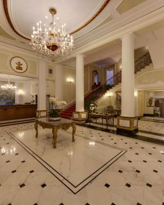 فندق غراند ماجستيك جيا باليوني