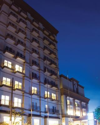فندق آستون مانادو