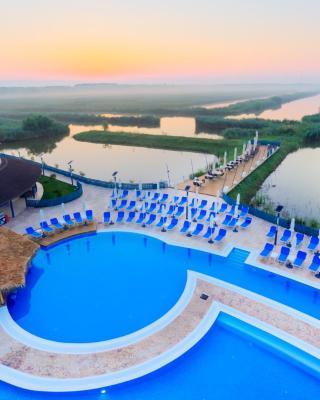 Peninsula Resort