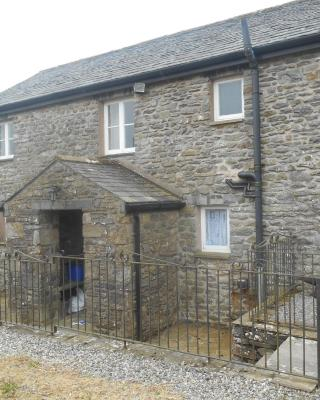 Newbarn Cottage