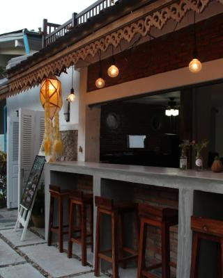 Frangipani Guesthouse