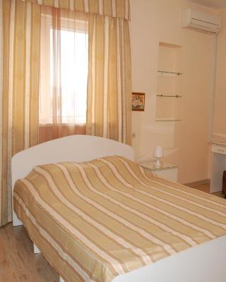 Mini Hotel on Krasnodarskaia