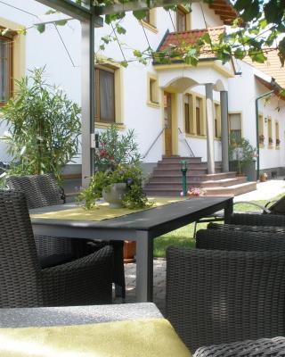 Weingut Gästehaus Nationalparkhof Gartner