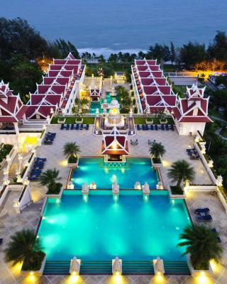 Grand Pacific Sovereign Resort & Spa