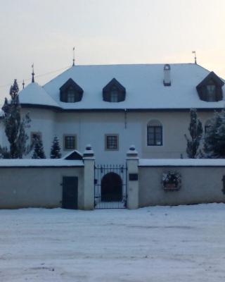 Kotesova Castle