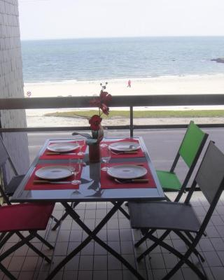 Residence Front De Mer