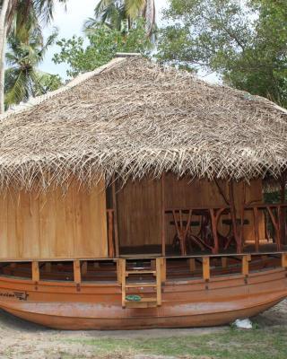Catamaran Lagoon House