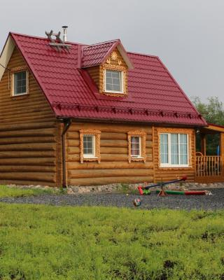 House near Lubovskoe lake