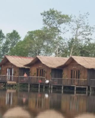 Ream Yacht Club (Hidden Valley Resort)