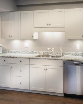 Moncton Suites - Apartments Across Georges Dumont