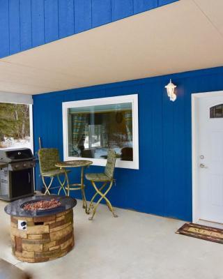 AK Vacation Cabins / Sleepy Hollow Cabin