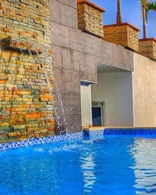 Luxury Bella Vista Apartment