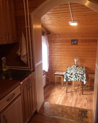 Cottage Yolka