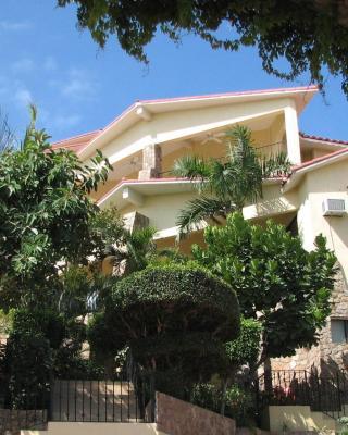 Marina View Villas