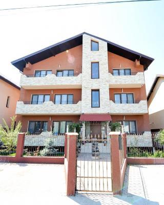 Casa Bella Apartments
