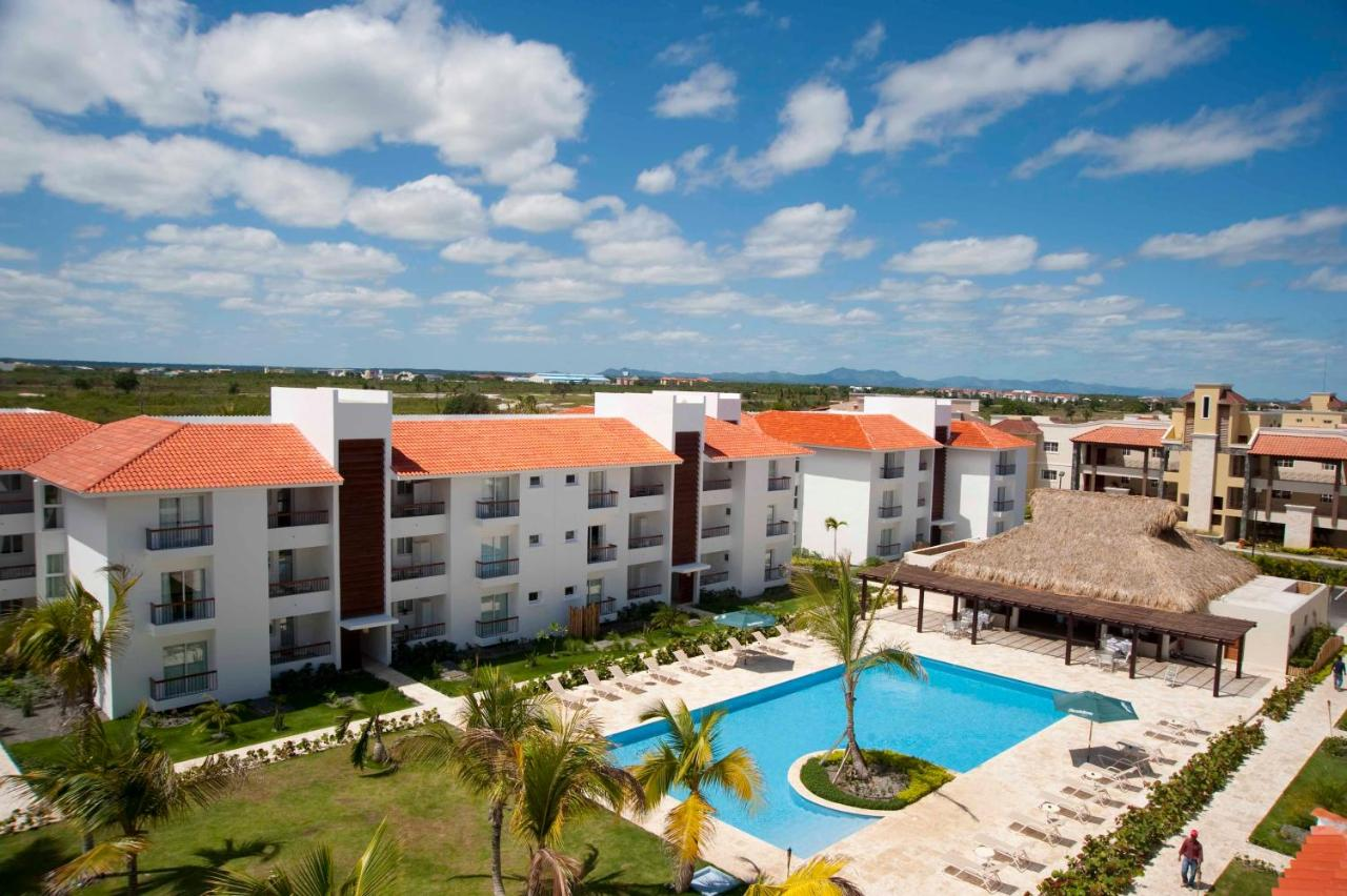 Las Cortinas Y Muebles De La Sala Estaban En Mal Estado Con  # Muebles Bavaro Punta Cana