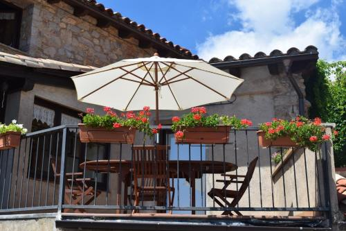 Casa de campo Cal Genetó (España Castellar de nHug ...
