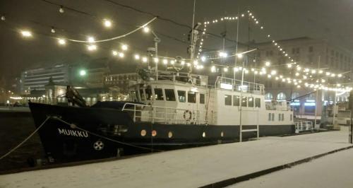 Hotellilaiva Muikku Hotelboat Muikku