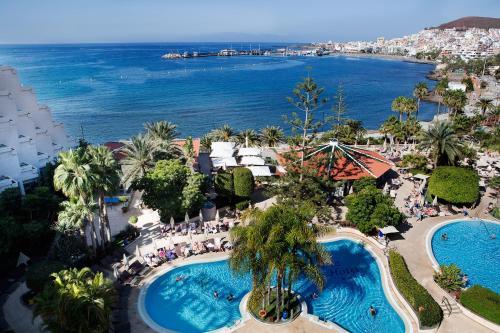 Los 10 mejores hoteles de 4 estrellas en Los Cristianos ...