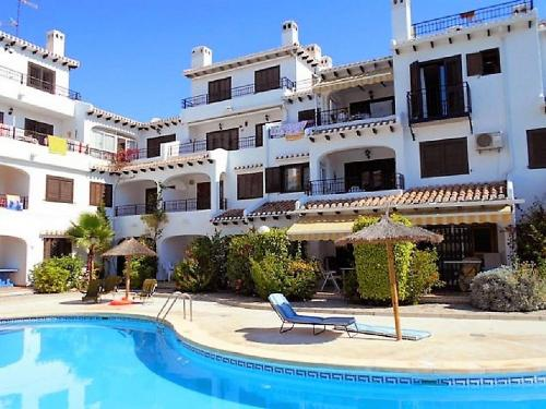 Apartment Bellavista 2 Bed with pool in Cabo Roig