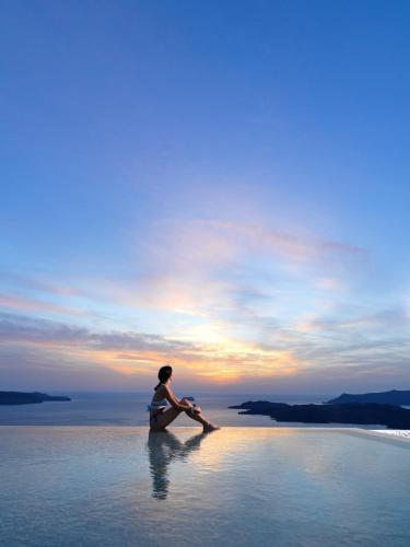 Los 10 mejores hoteles de 5 estrellas en Fira, Grecia ...