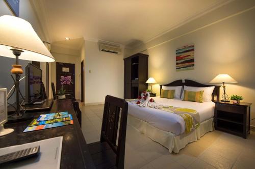Los 10 mejores hoteles de playa en Batu Rakit, Malasia ...