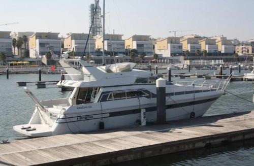 Beautiful and magnific yacht for 6 persons