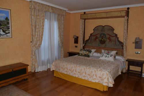 Booking.com: Hoteles en Moralzarzal. ¡Reservá tu hotel ahora!