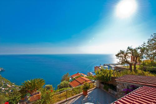 Casa Lavinia - The Beauty&Coastline in your Sight!