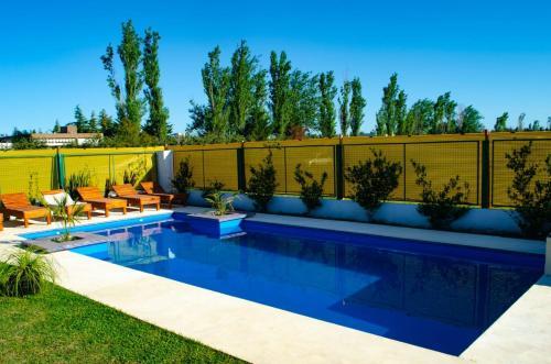 Booking.com: Hoteles en Roldán. ¡Reservá tu hotel ahora!