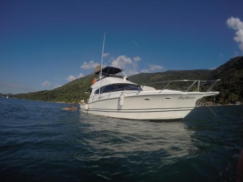 LiveAboard Sobre o Mar de Paraty