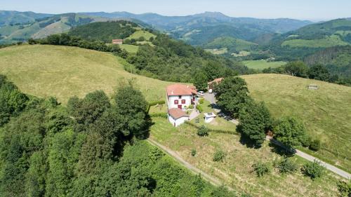 Casa de temporada Casa Katton (Espanha Etxalar) - Booking.com