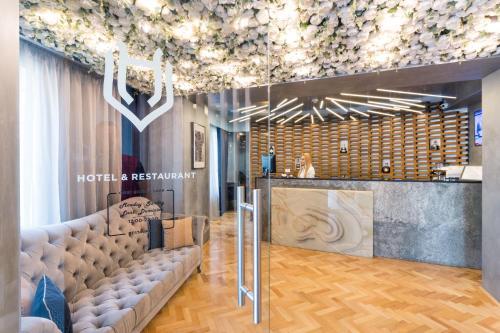 أفضل 10 فندق عائلي في بوخارست رومانيا Bookingcom
