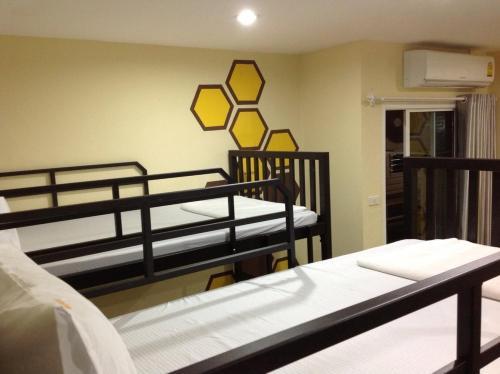 Beehive Patong Hostel