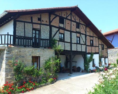Casa Rural Ozollo (España Gautegiz Arteaga) - Booking.com