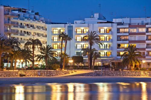 Apartamentos Bahia (Espanha Santa Eulària des Riu) - Booking.com