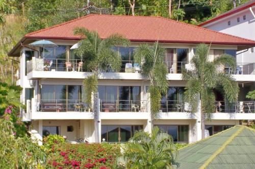Mountain Seaview Luxury Apartments