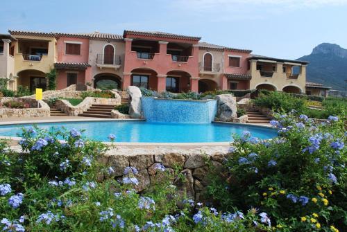 Os 10 melhores flats em golfo aranci it lia for Mobilia sassari