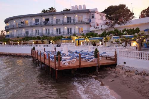 Hotel Restaurant Juanito Platja