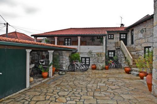 Casas de campo em Parque Nacional Peneda-Gerês. 55 casas de ...
