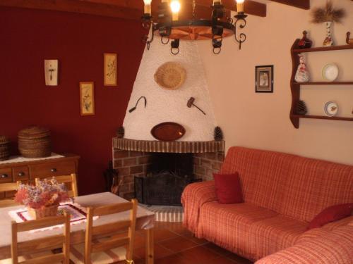 Casa de campo La Atalaya de Los Romanes (España La Viñuela ...