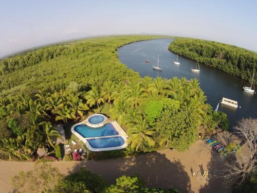 Booking.com : Complejos de cabañas en El Salvador. 15 ...