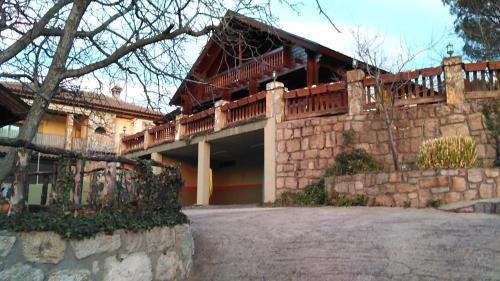 Casa de campo Mirador de Lamaliciosa (España Manzanares el ...